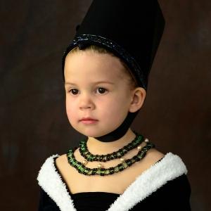 Esterka jako gotická princezna.