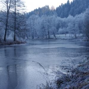 Zátočina v zimě.