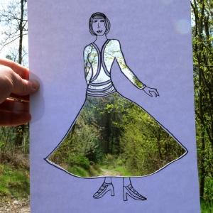 ˇBlankytná blůza a sukně s vůní jarních cest.