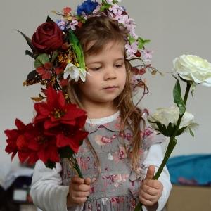 Ester květinová.