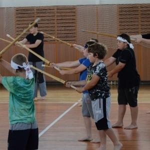 Kendó - rozvička s meči.