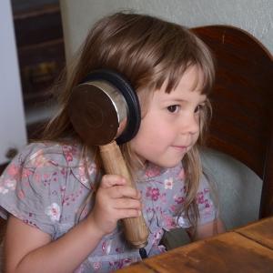 Ester poslouchá výjkad, synagoga Brandýs nad Labem